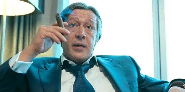Михаил Ефремов задержал спектакль в Самаре и послал зрителей матом