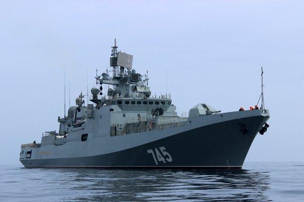 Российский фрегат с крылатыми ракетами «Калибр» отправился в Средиземное море