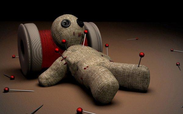 Эксперты: Кукла вуду начальника помогает избавиться от стресса