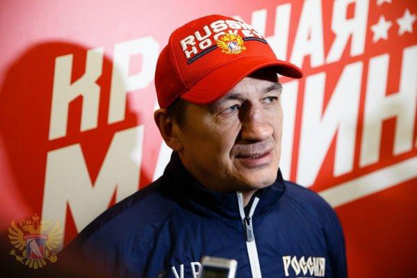 Экс-тренер сборной РФ Юрий Плотников умер по дороге на свою свадьбу
