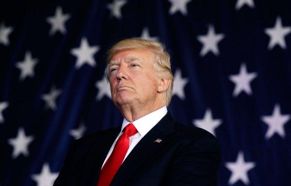 Трамп поведал о создании Космических сил США