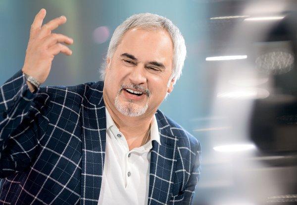 Валерий Меладзе не разрешает петь в доме