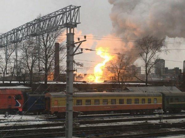 В Петербурге загорелось четырехэтажное здание