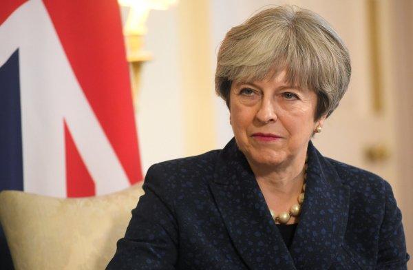 Тереза Мэй заявила о выдворении российских дипломатов из Великобритании