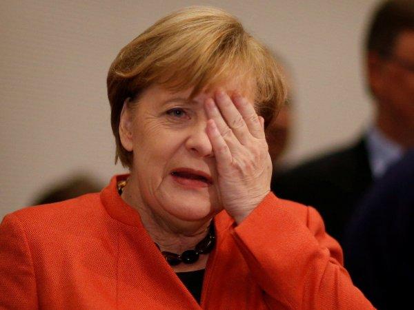 На Ангелу Меркель попытались напасть у здания Бундестага
