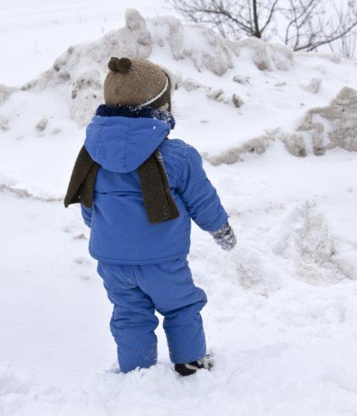 Воспитатели детского сада забыли ребёнка на улице в 15-градусный мороз