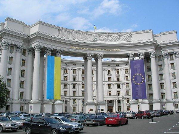 Киев обвинил Москву в кощунстве в связи с выборами президента России