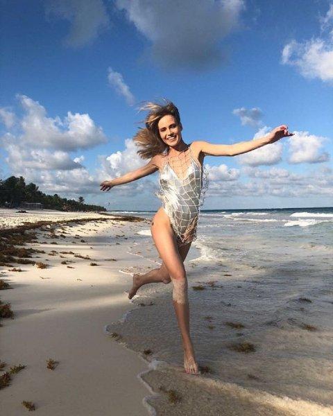 Глюкоза опубликовала новое фото с пляжа