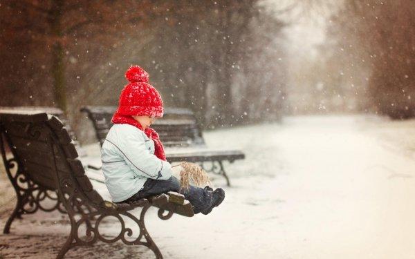В Якутии мать оставила раздетую на 40-градусном морозе 2-летнюю дочь