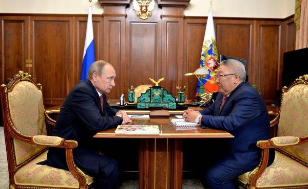 СМИ пророчат отставку главы Якутии по решению Кремля