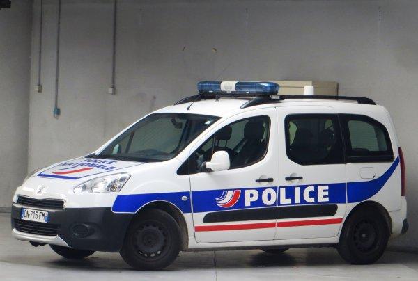 Во Франции женщина 10 лет прятала в морозилке от мужа новорожденных детей
