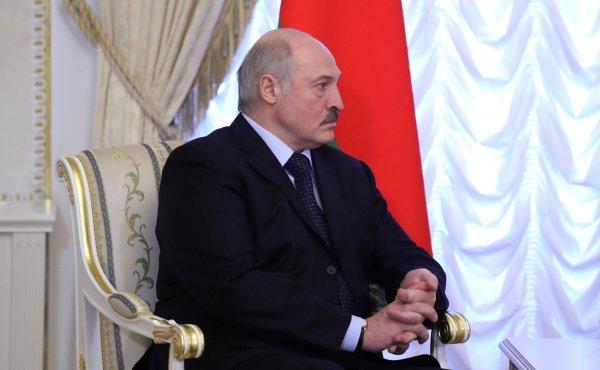 """Лукашенко жалеет о времени, потраченном на просмотр """"Матильды"""" и """"Смерти Сталина"""""""