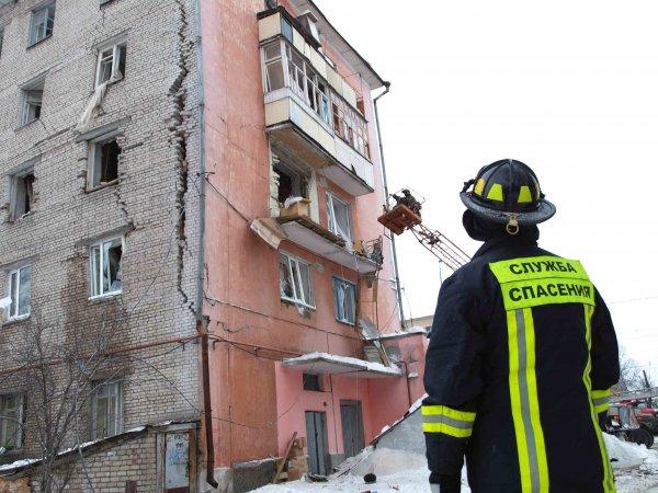 Три человека пострадали от взрыва газа в жилом доме Мурманска