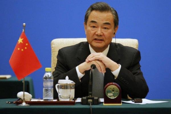 Китай грозится разрушить отношения с США из-за Тайваня