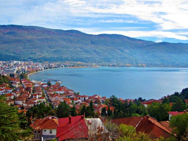 Македония продлила еще на год безвизовый режим для России