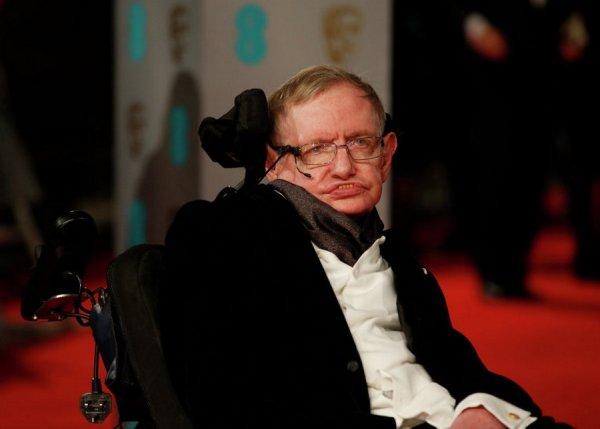 СМИ: Покойный Стивен Хокинг сделал обращение к британцам