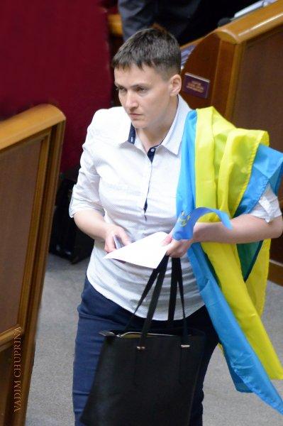 Надежду Савченко задержали в Верховной Раде из-за подозрения в терракте