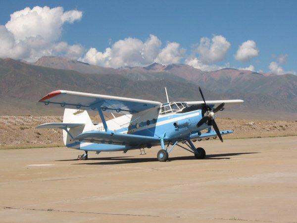 Замена самолёта Ан-2 способна садиться на лёд и воду
