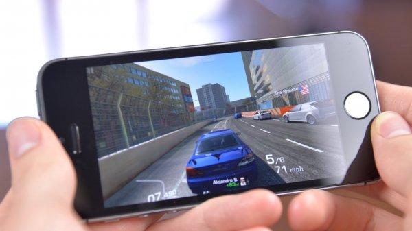 Представители Apple по глупости сравнили iPhone с игровыми консолями