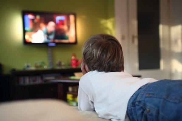 Ученые: Развивающие видео не несут пользы для детей