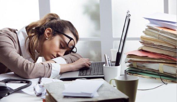 Ученые из Голландии назвали причину возникновения хронической усталости