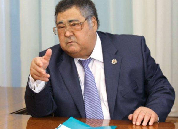 Тулеев заявил Путину, что в Кемерово хватает средств для локализации пожара