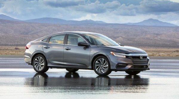 В сети рассекретили новый Honda Insight