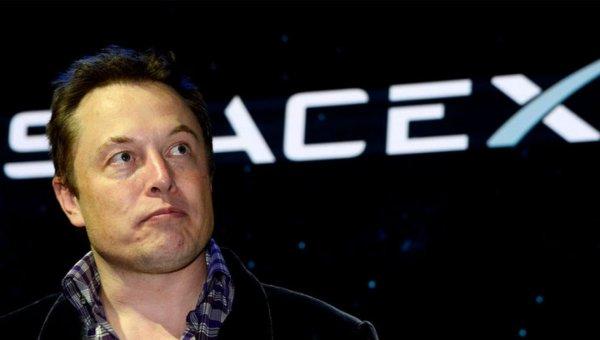 Илон Маск займется производством «взрослого» Lego из кирпичей