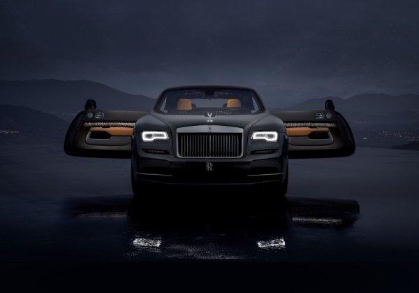 Rolls-Royce представил купе Wraith с «падающими звездами» в салоне
