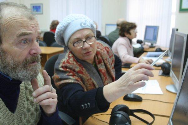 Министр образования Москвы Исаак Калина рад участию в создании проекта для пенсионеров