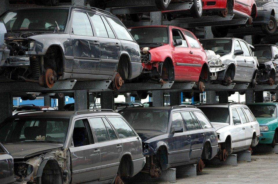 В России выросли ставки утилизационного сбора на автомобили