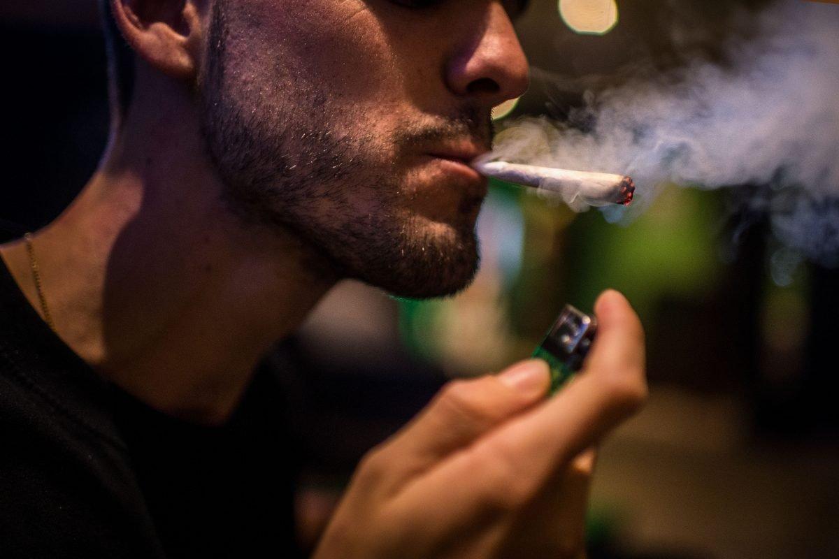Что делать если мой парень курит коноплю вредна ли марихуана для потенции