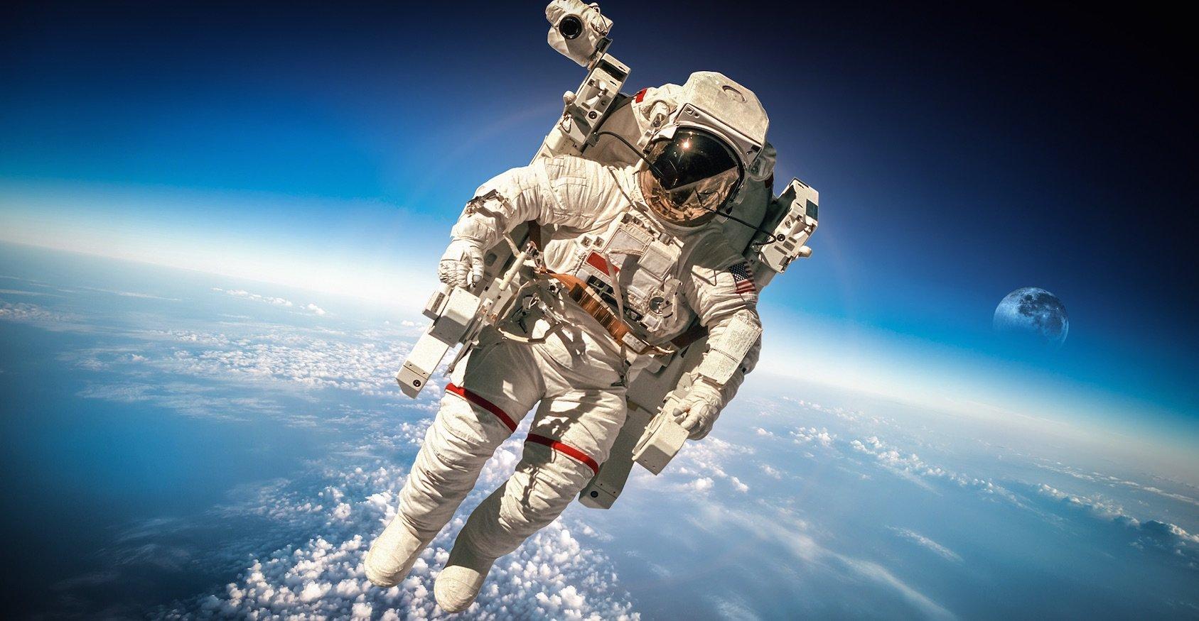 Большинство россиян считают РФ лидером восвоении космоса