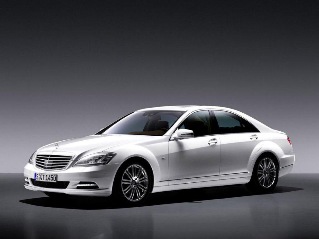 В Российской Федерации насчитывается 2,77 млн премиум-автомобилей