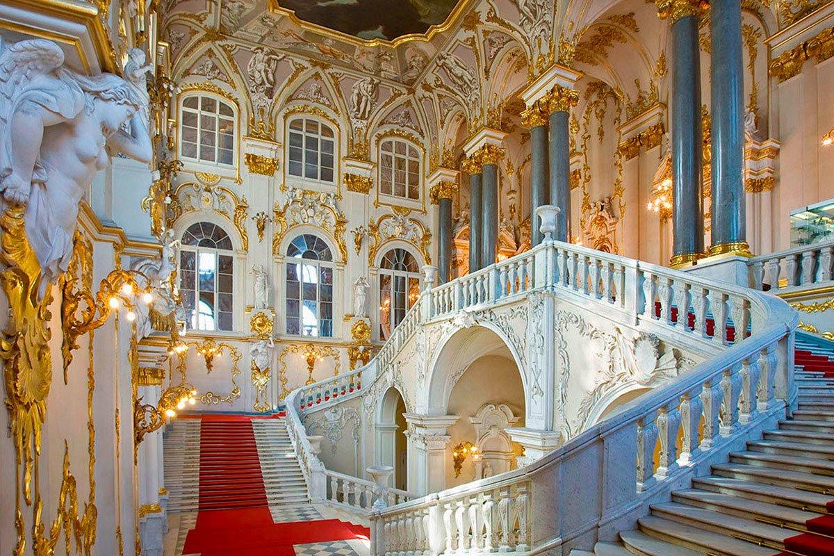 Санкт-Петербург: Эрмитаж запустил серию онлайн-экскурсий впрямом эфире ВК