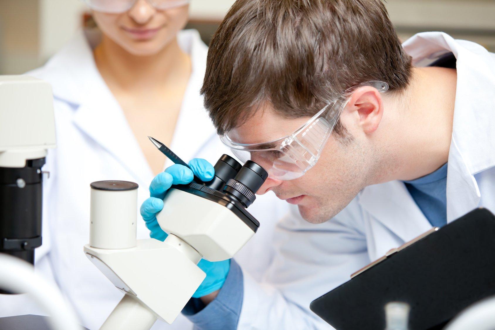 Ученые заставили искусственную кожу работать отморгания