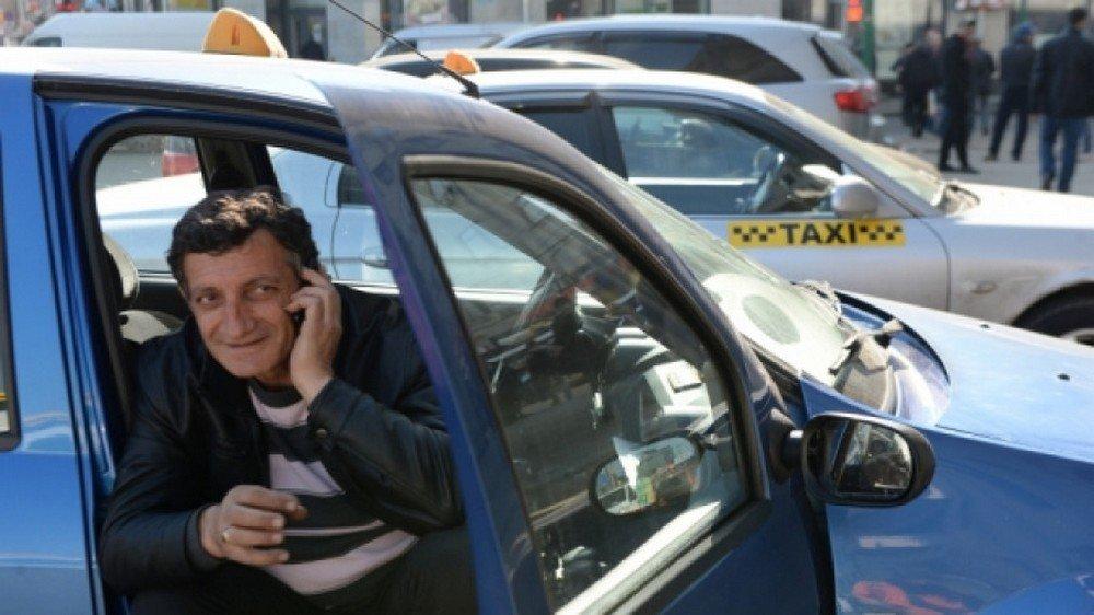 Водители «Яндекс.Такси» смогут заговорить наанглийском уже кЧМ