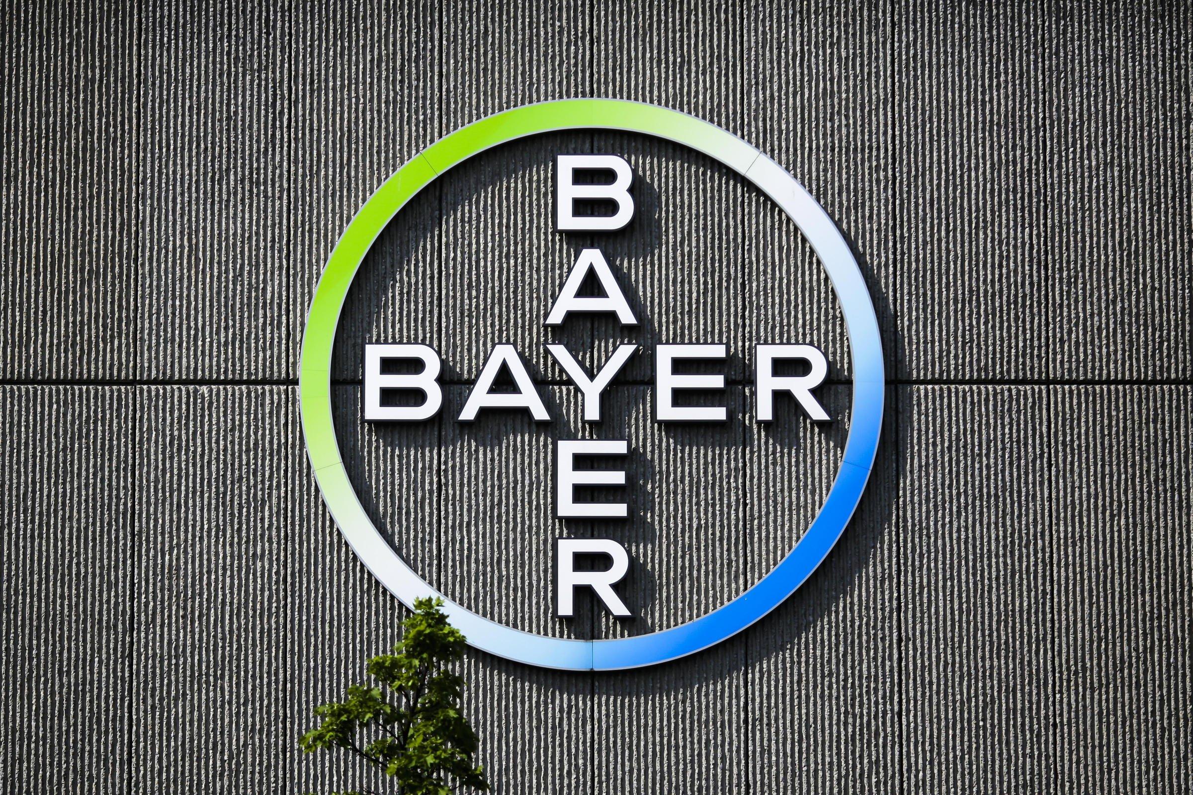 ФАС одобрила сделку по закупке Bayer компании Monsanto