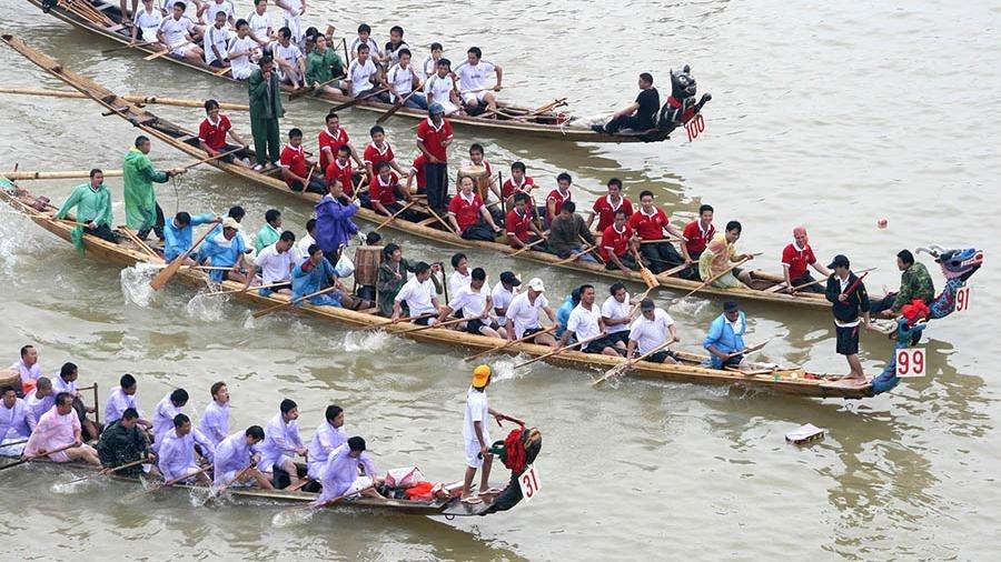 Встолкновении лодок-драконов вКитайской республике погибли 11 человек