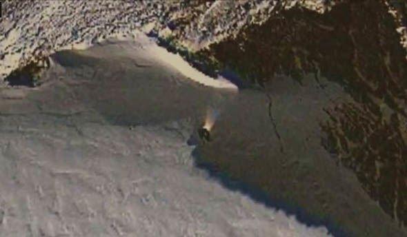 Уфологи с помощью Google Maps нашли заброшенный НЛО в Антарктиде