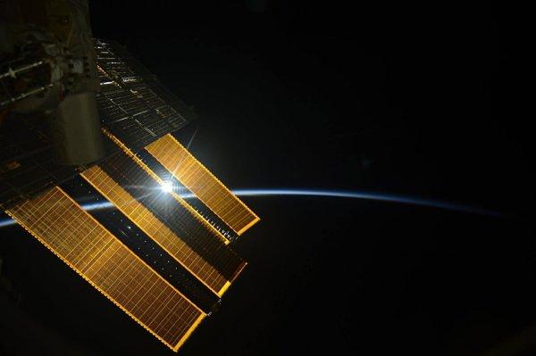 МКС оснастят первой системой космической лазерной связи