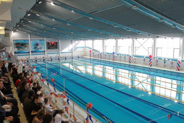 В бассейне Перми чуть не утонула 11-летняя спортсменка