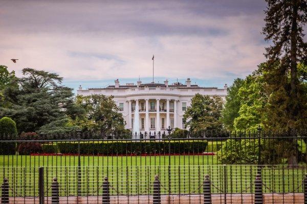 Обама построил себе бункер под северной лужайкой Белого дома