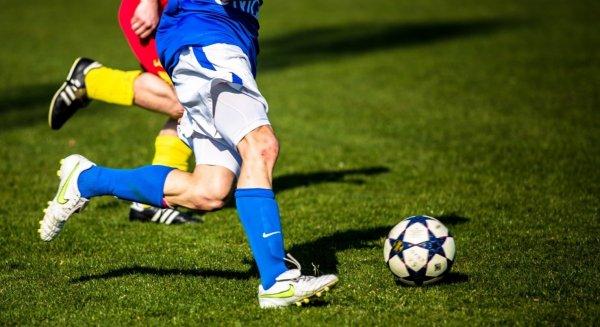 Итальянский футболист бросил спорт ради порно