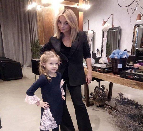 """""""Глупая блондинка"""" Дарья Сагалова променяла детей на работу"""