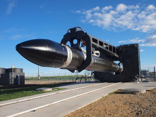 Rocket Lab готова к первому коммерческому запуску ракеты Electron