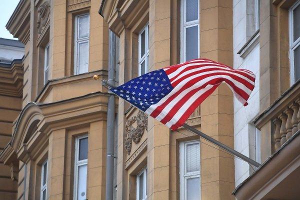 В списке высланных дипломатов оказался глава торгпредства США в РФ