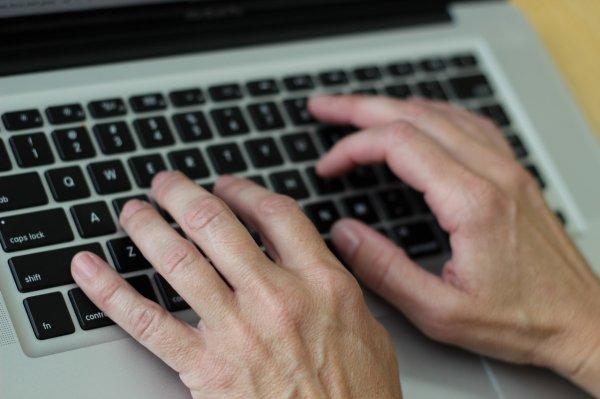 Учёные раскрыли секрет быстрого набора текста на клавиатуре