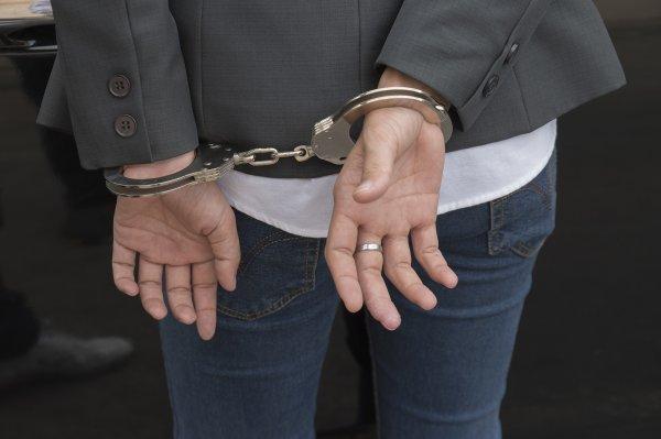 Жительница Самарской области создала банду подростков-грабителей