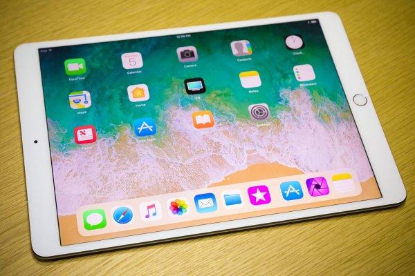 Новенький бюджетный iPad  уже появился в России